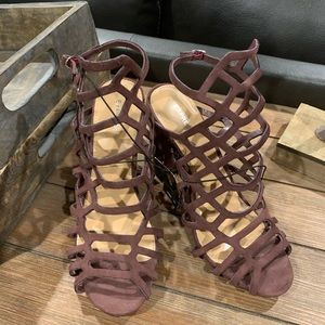 Express Shoes - Express Brand NWT cage block sandals